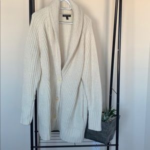 Sweaters - BANANA REPUBLIC knit cream sweater SZ XL